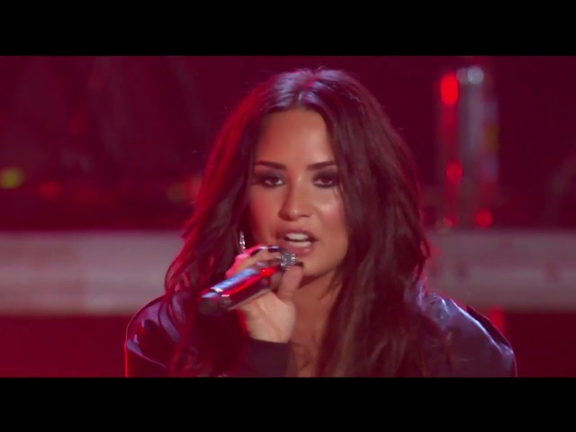 Demi Lovato - Sorry Not Sorry (Live at Premios Telehit )