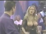 красотка Ким Чемберс показала шикарные сиськи на ток-шоу ... Девушки Секси.не порно,не секс.не эротика,