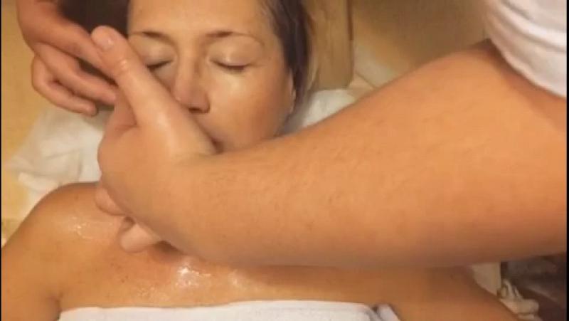 Медовый массаж лица.... просто супер