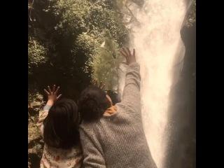 Director and actor moment. #Pahunathelittlevisitors #Sikkim #kanchunjunga #onset #filmmaking @paakhi