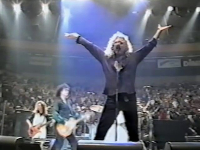Jimmy Page Robert Plant MSG 1995 w belly dancers Rock Roll