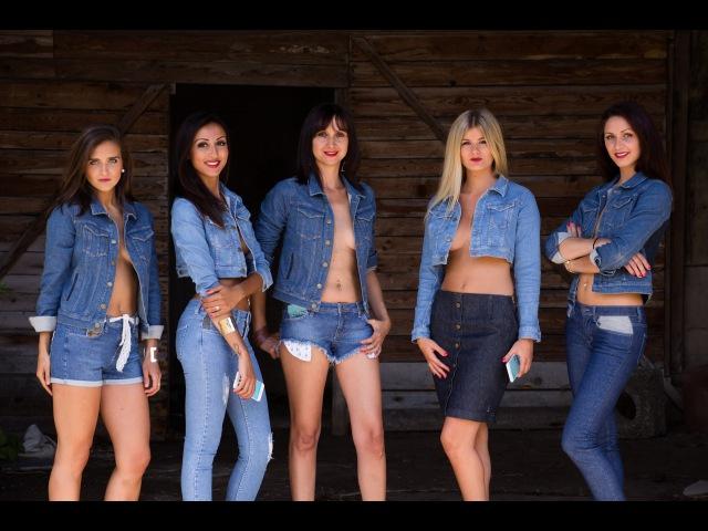 Le Jeans connecté vibrant Essentiel avec sa créatrice Marie SPINALI et son équipe