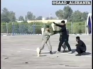 Вот так работают американские инструкторы: Показательные выступления иранского спецназа.