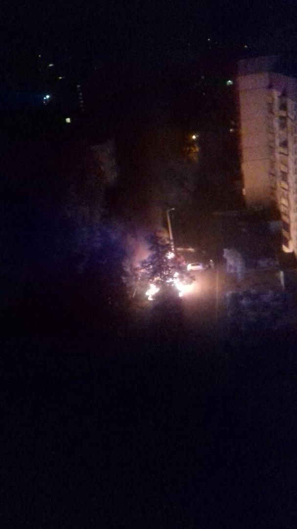 В Харькове горят машины (ФОТО)
