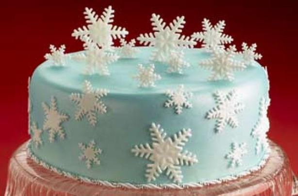 торт со снежинками фото