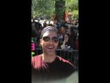 [VIDEO] 17/03/21 Billboard Music Awards Magenta Carpet (TV host, AJ Gibson)