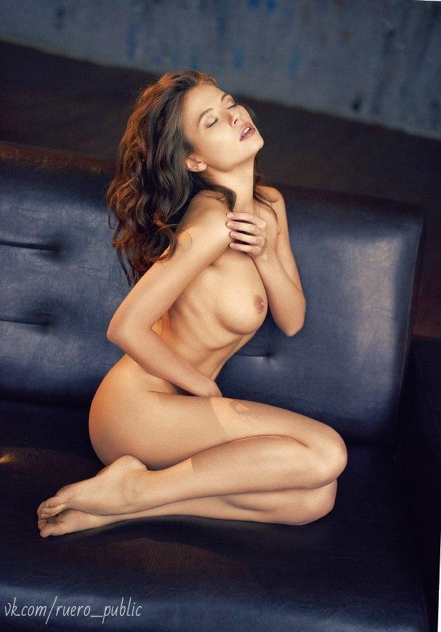 Asian xxx nude