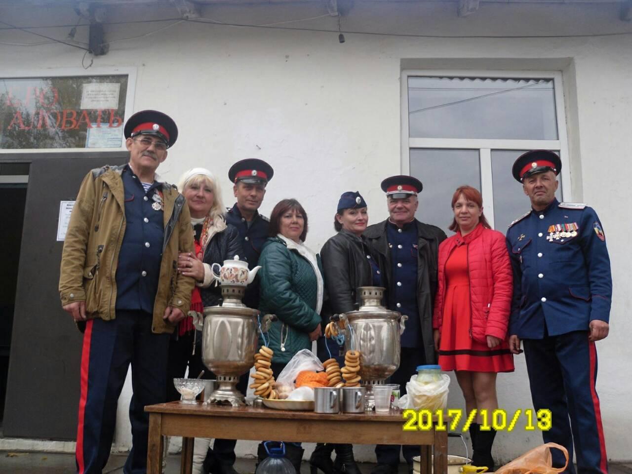 Ровеньковские казаки помогли организовать День поселка в Нагольно-Тарасовке