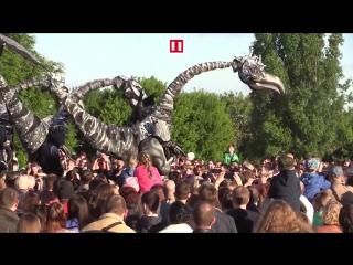 Воронеж захватили динозавры из Нидерландов