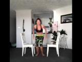 Тренировка со стульями: на все группы мышц