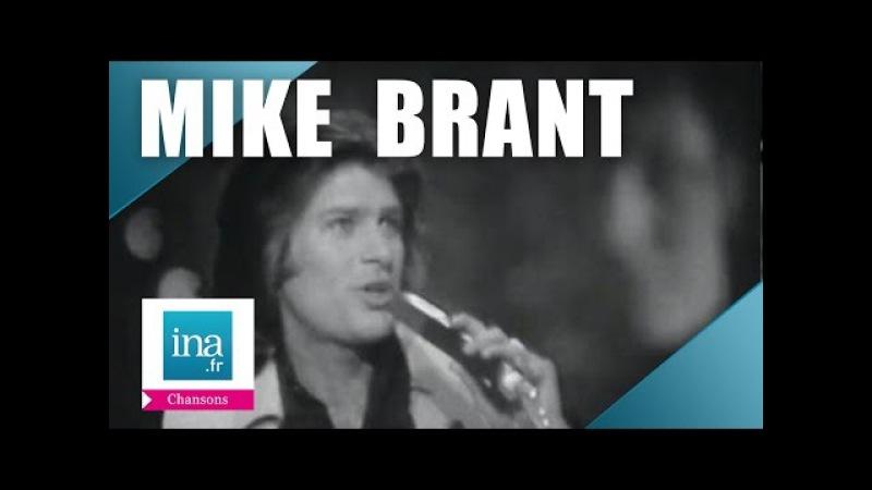 Mike Brant Rien qu'une larme (live officiel) | Archive INA