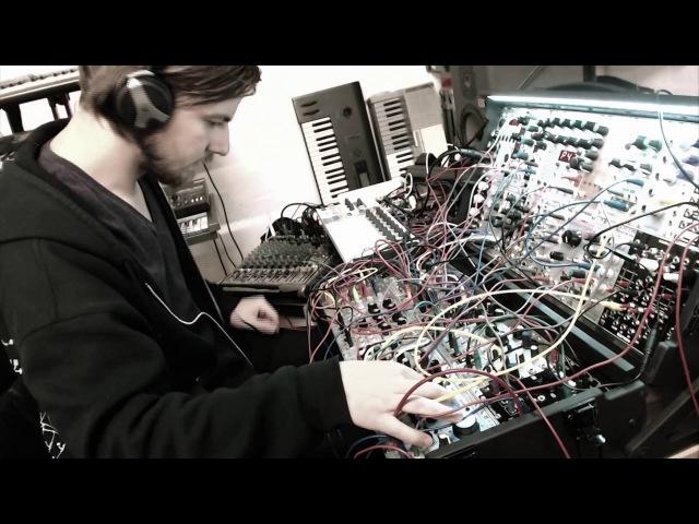 Olan - modular techno live set 4