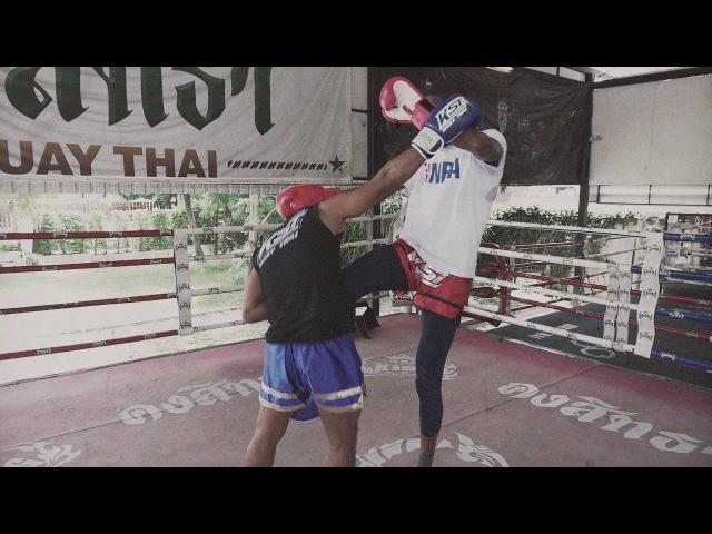 Звезда NBA Уилл Бартон осваивает тайский бокс pdtplf nba ebkk ,fhnjy jcdfbdftn nfqcrbq ,jrc