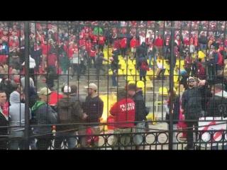 Фанаты «Спартака» чуть не подожгли стадион в Туле!