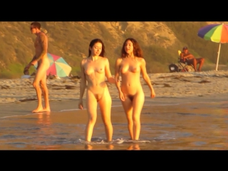 Behind the Scenes with Unique Nudes: Sunset at Black's Beach (2015)