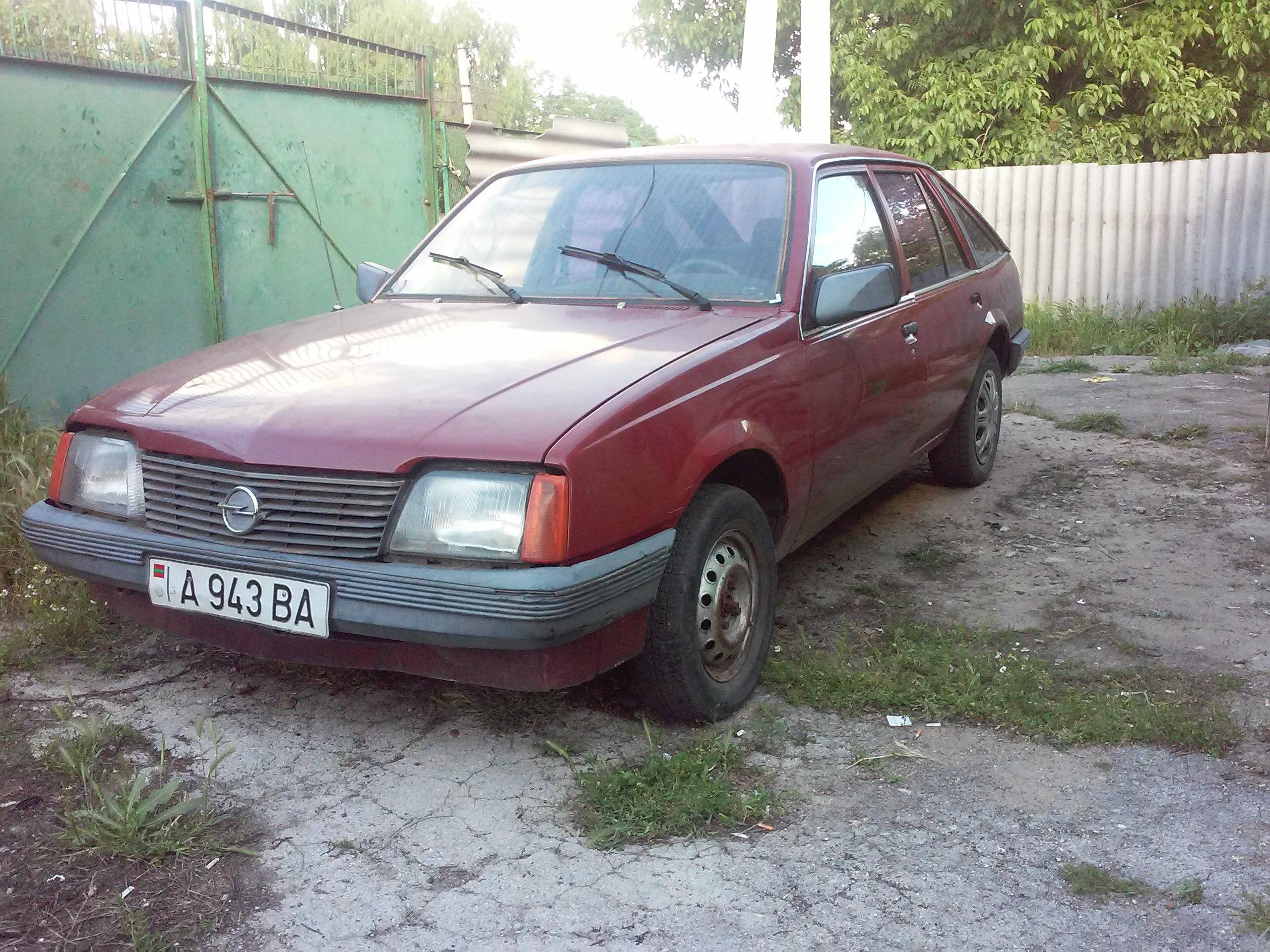 Opel ascona 82 г.в. 1.8 (115 л.с.)