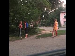 Драка проституток на Сейфуллина в Алматы