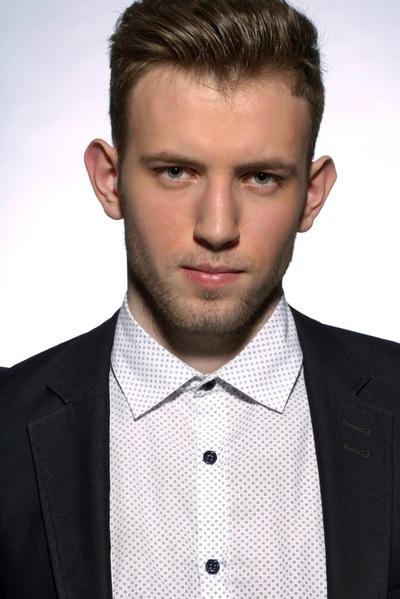 Макс Семизаров