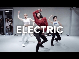 1Million dance studio Electric - Alina Baraz / May J Lee Choreography