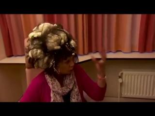 НЕ путайте МУСС для волос с монтажной пеной
