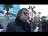 Группа Рождество, Геннадий дарит диски и автограф на съемке клипа, 1 день.