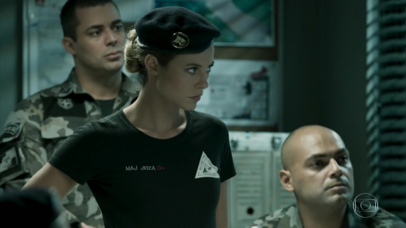 153Jeiza se prepara para uma operação policial fora do Rio de Janeiro