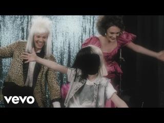 ПРЕМЬЕРА! Sia - Move Your Body (Lirik Video) СИА