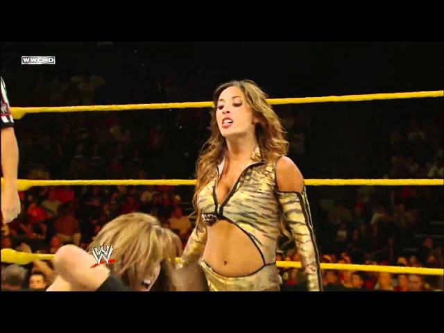 WWE NXT 20/09/2001 AJ Lee vs Maxine
