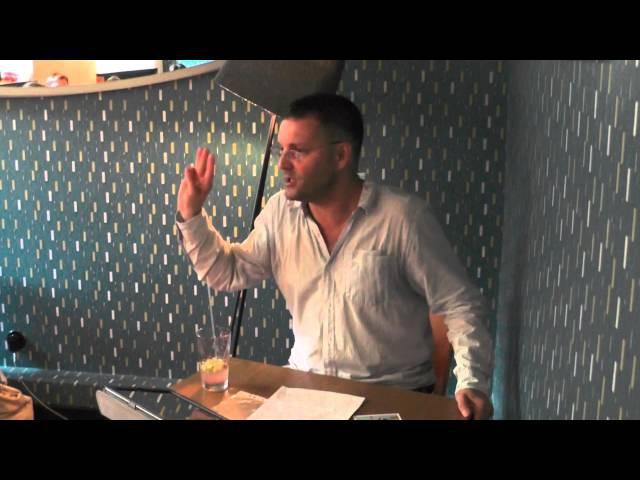 Русский язык на заборе и рядом ZIG ZAG. TALKS с В.А.Ефремовым