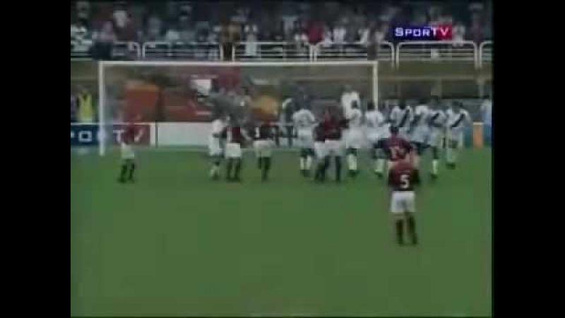 Gol do tri 2001 - Jogos Para Sempre (com Júlio César e Juninho Paulista)