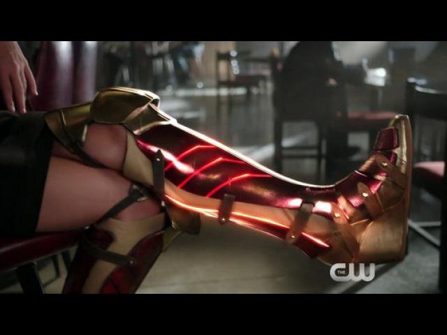 "Супергерл ¦ Супердевушка ¦ Supergirl ""Friend"" Promo (HD) Wonder Woman"