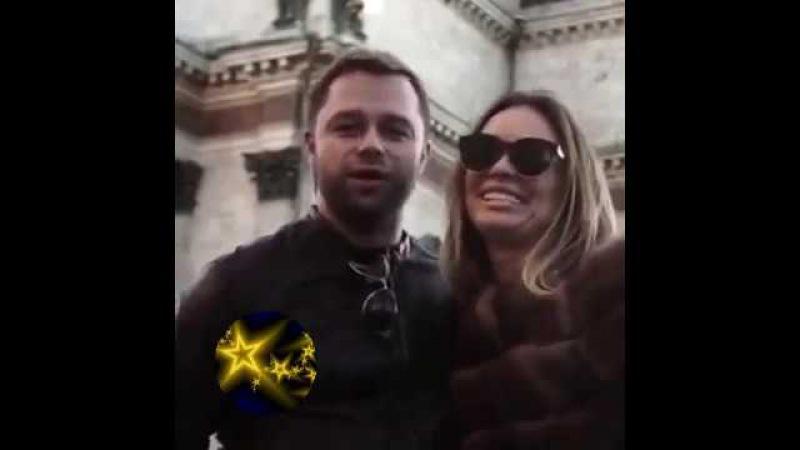 КУЗЯ С УНИВЕРА ОПЯТЬ ТУПИТ ! ВИТАЛИЙ ГОГУНСКИЙ ГОТОВИТ СВАДЬБУ ОНЛАЙН СО СВОЕЙ ВОЗЛЮБЛЕННОЙ ИРИНОЙ. Виталий Гогунский готовит свадьбу онлайн. Телезвезда Виталий Гогунский и модель Ирина Маирко сообщили о том, что они снова пара, еще в ноябре прошлого