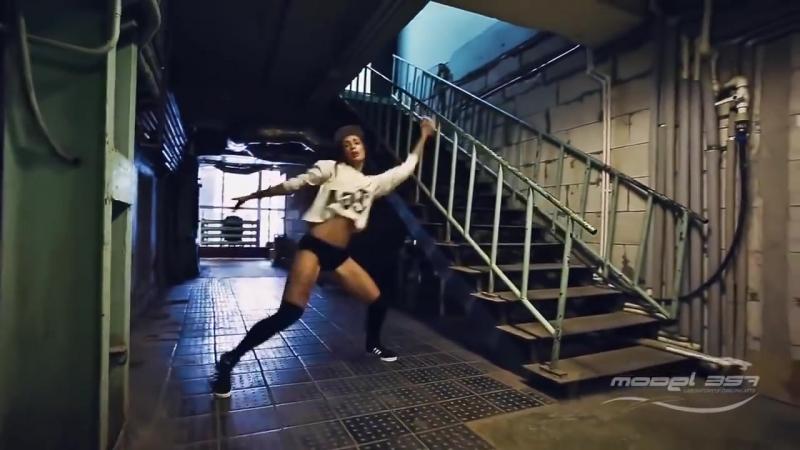TWERK_-_Choreography_by_Lesya__Katya_SHoshina_Lessi__Reggaeton__Booty_Dance[MosCatalogue.ru]