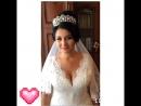 Свадебный образвысокий, воздушный пучок и свадебный макияж