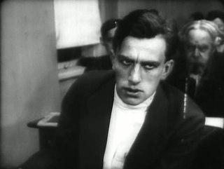 Маяковский в фильме «Барышня и хулиган» 1918 год