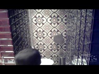 Скрытая камера в женском туалете в туалете порно смотреть