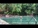 Елена Летучая на горячих источниках вулкана Аrenal в Коста-Рике