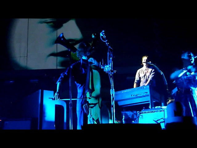 Arcade Fire - My Body Is A Cage (live München Zenith 28.11.2010) HD
