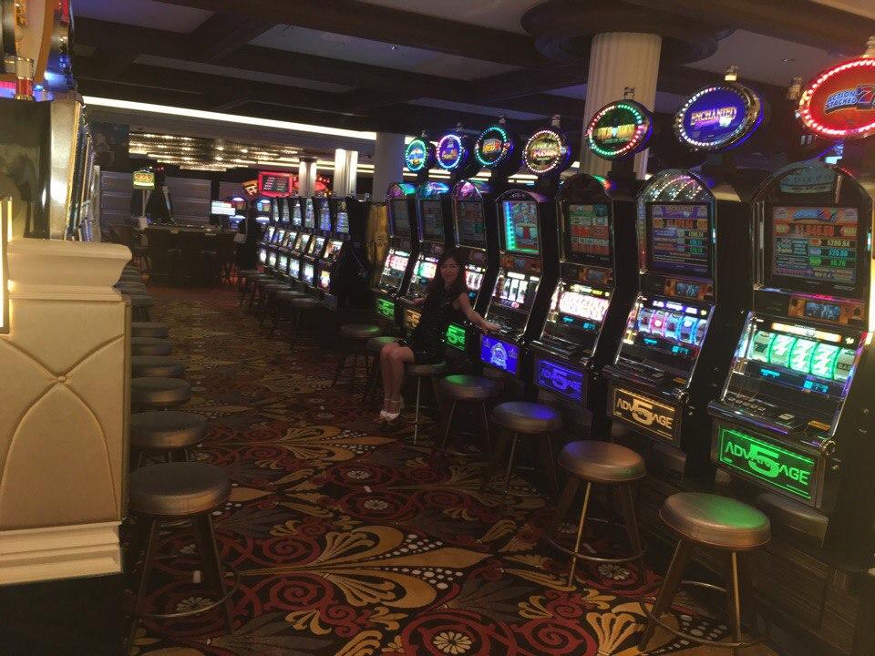 Игровой автомат resident бесплатно