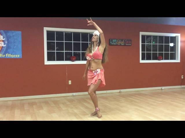 Sadie Marquardt -- Polynesian style bellydance