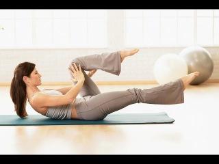 5 простых упражнений для ног девушки фитнес