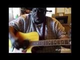 amerikan, turkmen aydymy aytyar(EJ MATHEWS) EJ Mathews sings a turkmen song