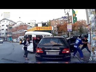 Вы только посмотрите какой ужас происходит на дорогах Китая
