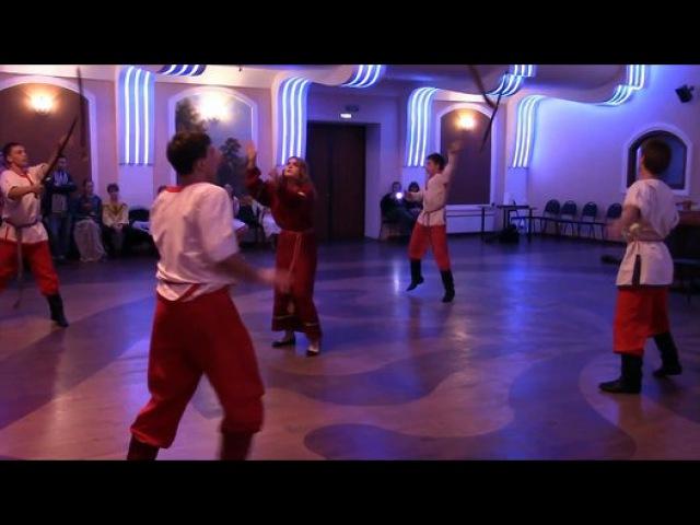 Сильнейший танец с саблями на русской Вечёрки! Добрыня и Вежа