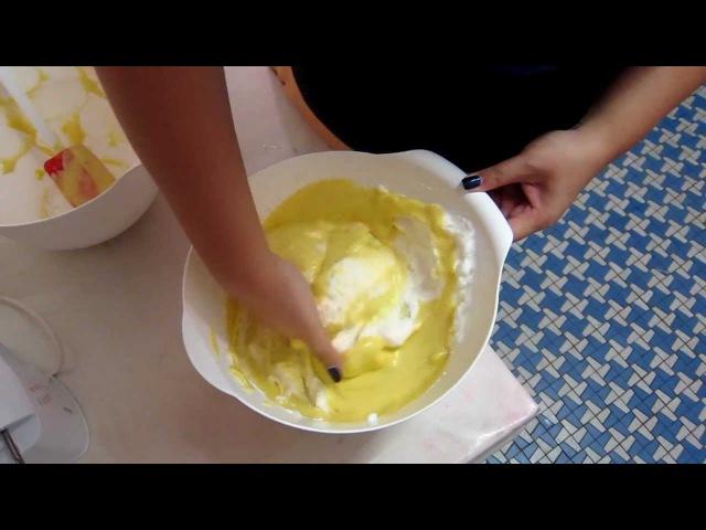 Folding of Chiffon Cake Batter using bare hands