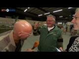 Заразительный смех куриного фермера! Не задерживай себя посмотри!))