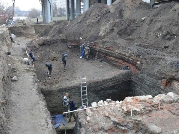 археологи обнаружили средневековую деревню