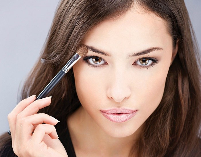макияж для брюнетки с карими глазами