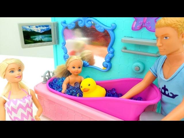 Giochi per bambini e ragazze con Barbie- Evi ha preso raffreddore-Barbie, nuovi episodi in italiano
