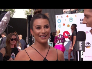 Lea michele talks to scream queens costars everyday
